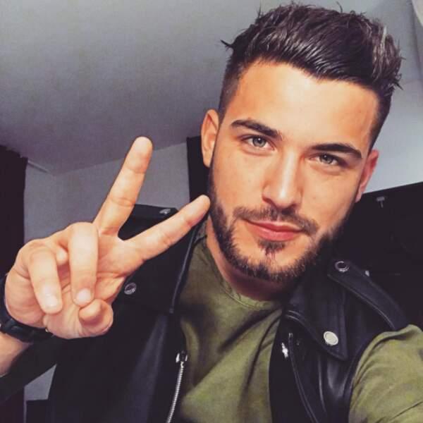 Anthony Matéo, le beau gosse de La Villa des cœurs brisés va bientôt débarquer, avec ses muscles, à Miami !