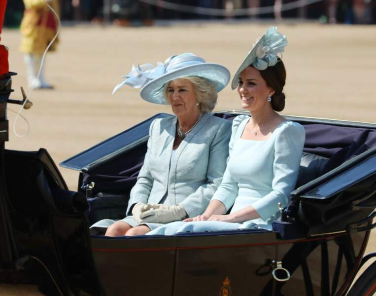 Kate Middleton au côté de Camilla Parker Bowles