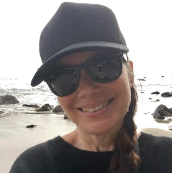 Pendant ce temps-là, Fran Drescher était incognito à la plage.