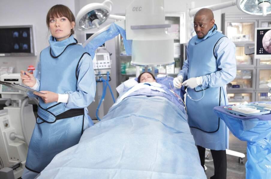 Mais Numéro 13 réussira à faire sa place au sein de l'hôpital et dans le coeur de Foreman