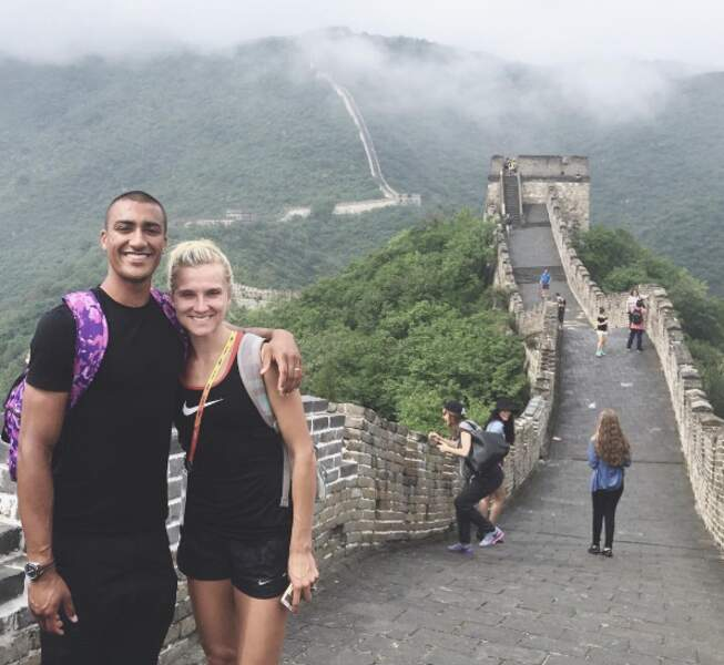 Le couple multiplie les voyages en amoureux. De la Grande Muraille de Chine...