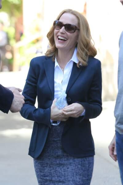 Gillian Anderson hilare