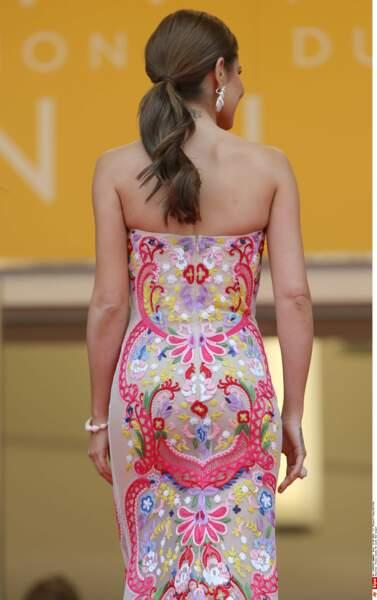 Et de dos, Cheryl Cole est encore plus belle !