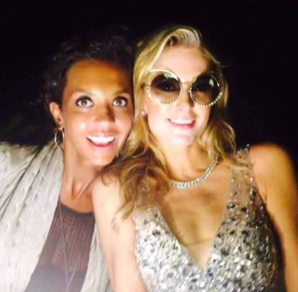 On termine avec cette rencontre improbable : Karine Lemarchand et Paris Hilton... à Ibiza !