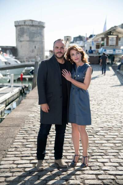 Après Disparue, Alix Poisson et François-Xavier Demaison se retrouvent dans la série de M6 Quadras