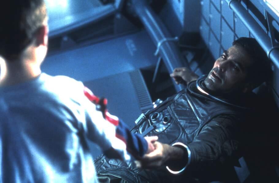 En 2002 déjà, George Clooney est branché sur orbite dans Solaris