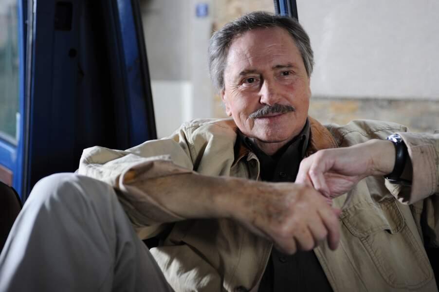 La série Louis La Brocante le fera entrer à jamais dans le coeur des Français