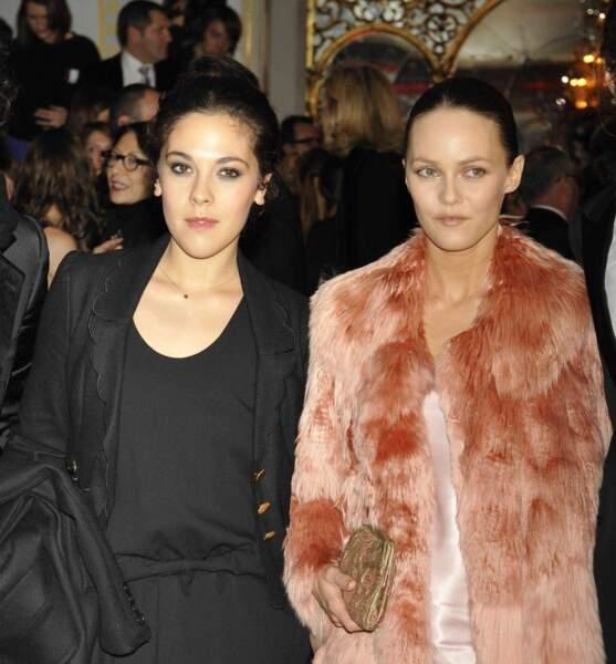 Vanessa Paradis et sa demi-soeur, Alysson, actrice (A l'intérieur, Le dernier jour).