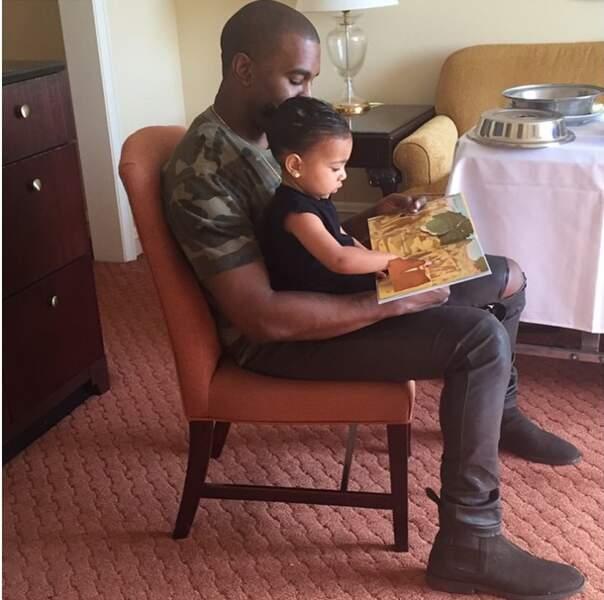 Kim Kardashian a voulu rendre hommage à Kayne West pour la Fête des pères. Instant mignon avec leur fille North !