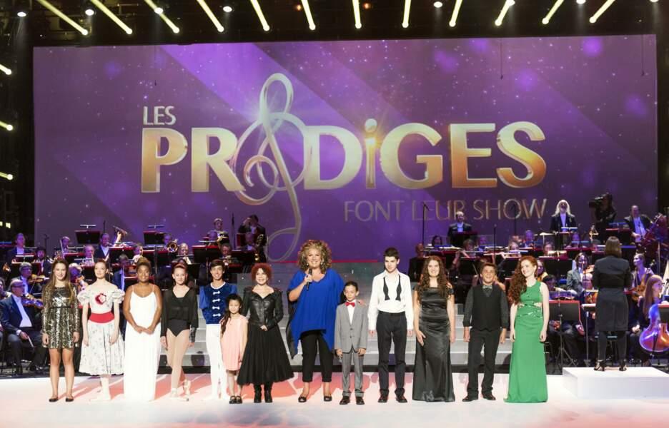 Et voici tous les petits Prodiges, réunis sur la scène du théâtre d'Albi