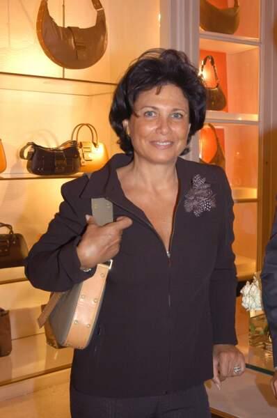 Fashion victime, Anne Sinclair répond toujours présente aux soirées Dior ! (2002)