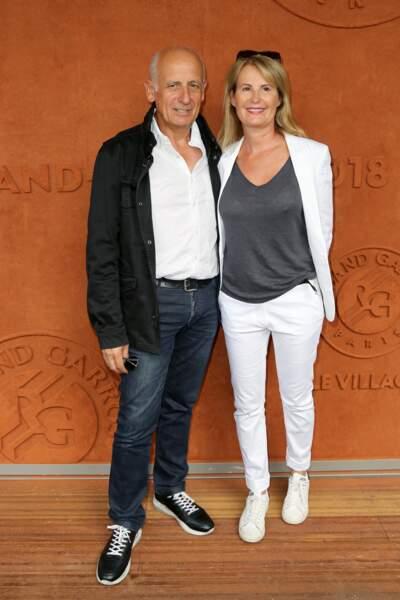 Au Village Roland-Garros, on aussi repéré Jean-Michel Aphatie et son épouse…