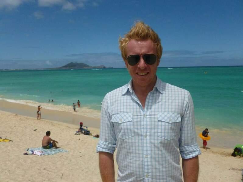 ... là sur la plage d'Honolulu (Hawaï). Dur métier