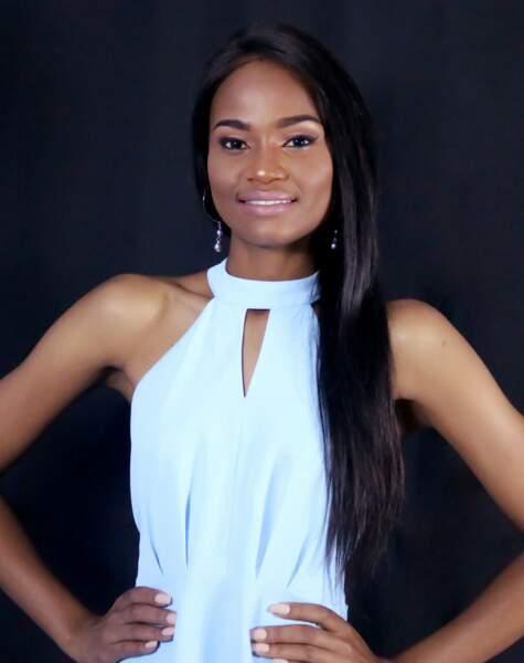 Miss Angola : Nelma Ferreira