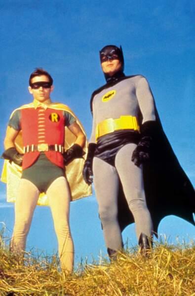Vraiment, on en redemande, tant les costumes sont mal taillés !