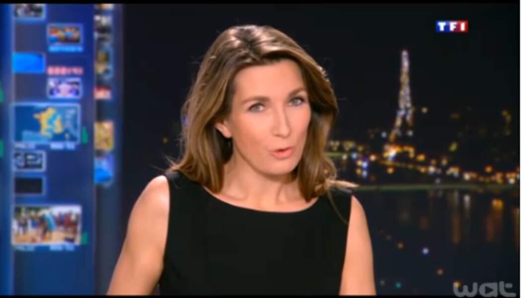 Ultra-féminine, Anne-Claire Coudray fait un sans faute avec cette petite robe noire