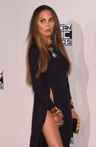 Oui Chrissy, ton intimité a été photographiée sur le tapis rouge. Oups.