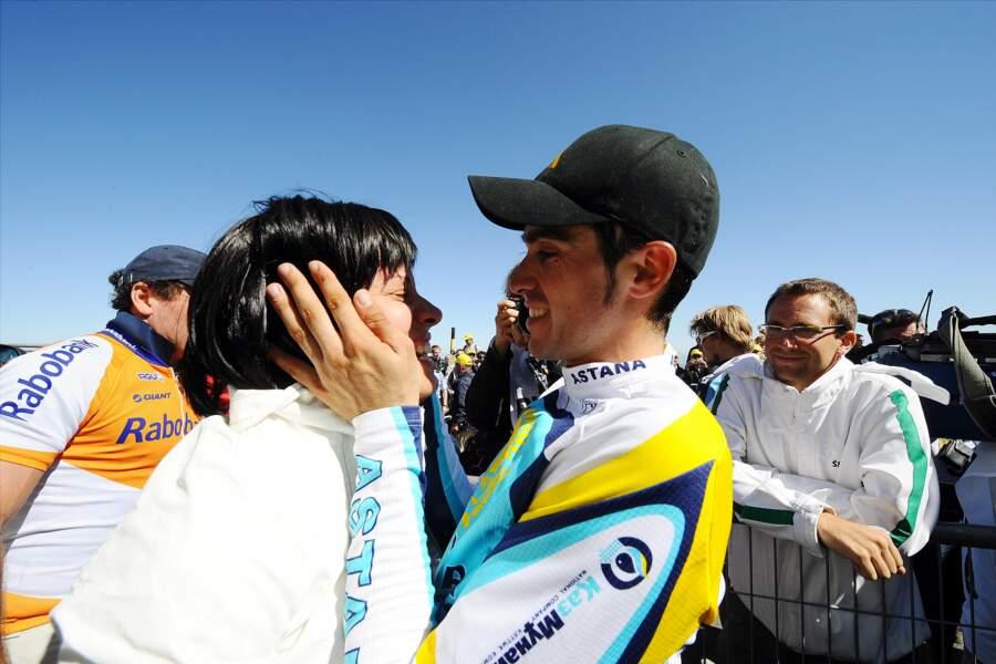 """Macarena Pescador félicite son """"campeon"""" de mari Alberto Contador"""