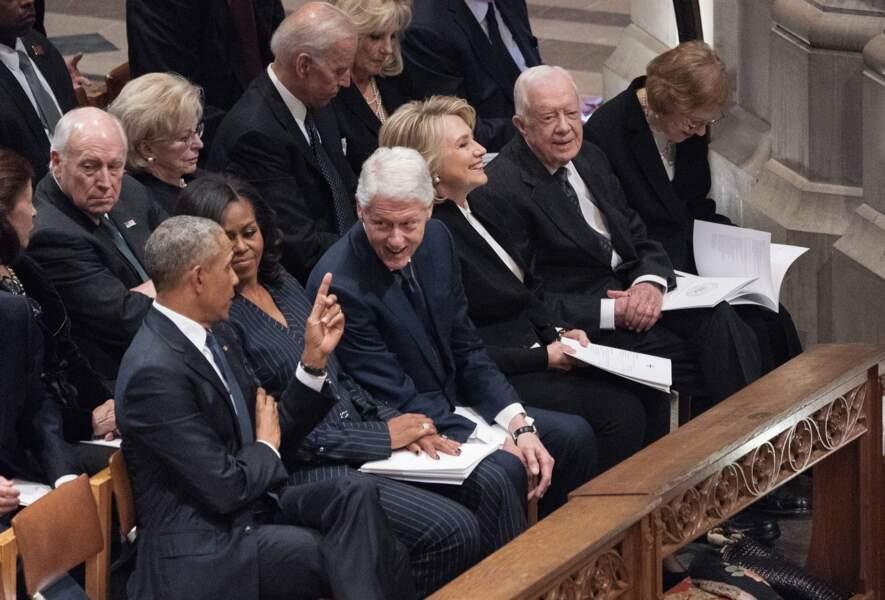 Les anciens présidents démocrates Barack Obama et Bill Clinton, complices