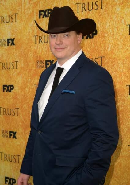 Dans Titans, Jake Michaels endosse le costume, mais dans la série Doom Patrol, ce sera la voix de Brendan Fraser