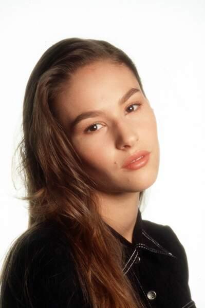 L'une des révélations de la série est Vanessa Demouy dans le rôle de Linda