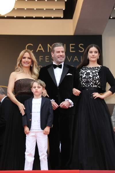John Travolta, sa femme Kelly Preston, sa fille Ella Bleue et son fils Benjamin