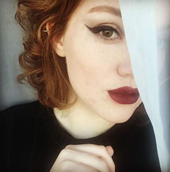 Sur Instagram et Twitter, Shannon Purser poste de très nombreux selfies