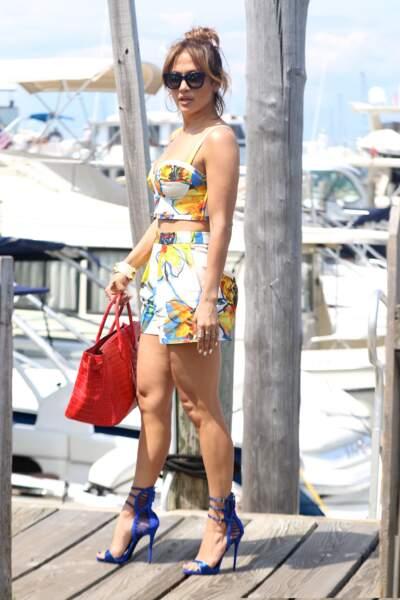 """Dans la famille """"tenue appropriée pour la mer"""", je demande Jennifer Lopez..."""