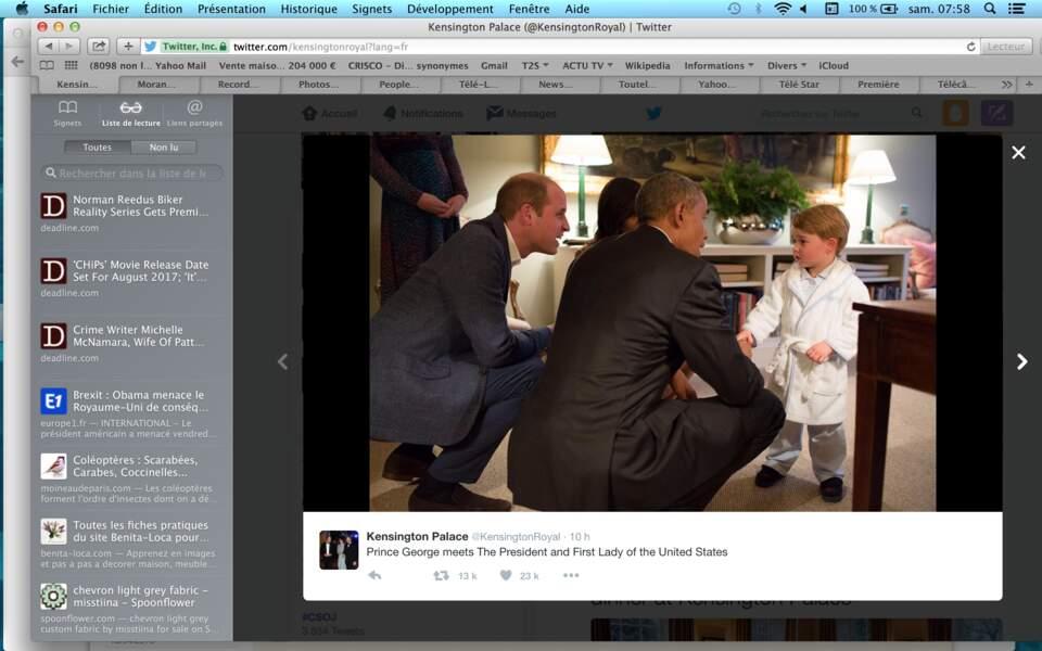 Et voici le moment le plus chou de la soirée : baby George en pyjama saluant Barack Obama