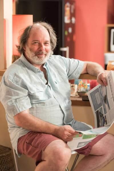 Roch Moreno (Pascal Casanova), pêcheur retraité, est le patriarche d'une famille modeste de Sète