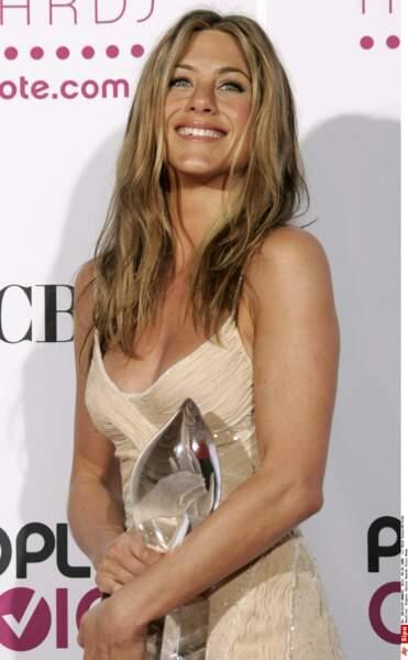 Considérée comme l'une des actrices les plus célèbres, elle cumule succès et récompenses