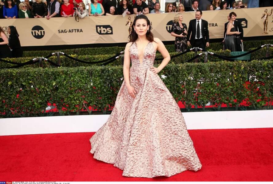 Un goût de la mode et de la beauté qu'elle semble partager avec son actrice Yael Stone