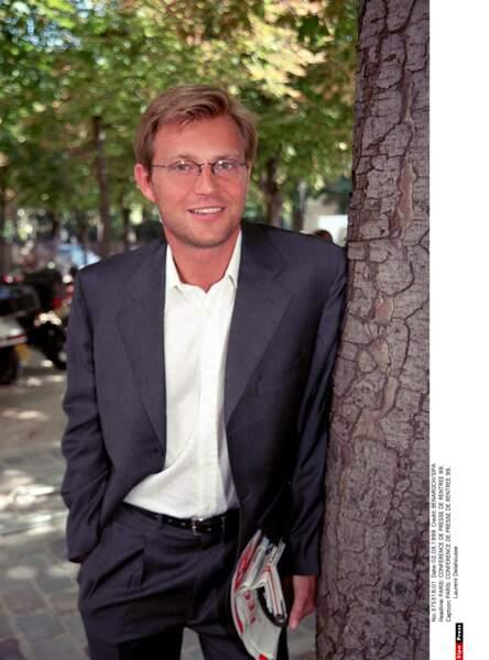 En 1999, le jeune Laurent Delahousse arrive chez M6