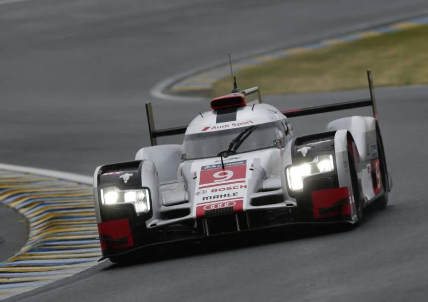 Autre nouveauté, les phares équipés de la technologie Audi Matrix LED pour une meilleure vision dans le trafic.