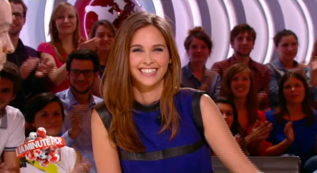 """Dans la catégorie """"bouh la copieuse !"""" : Ophélie Meunier, dans sa petite robe bleue..."""