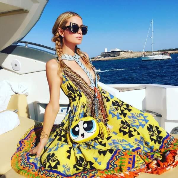 Et le sac Supernanas de Paris Hilton !