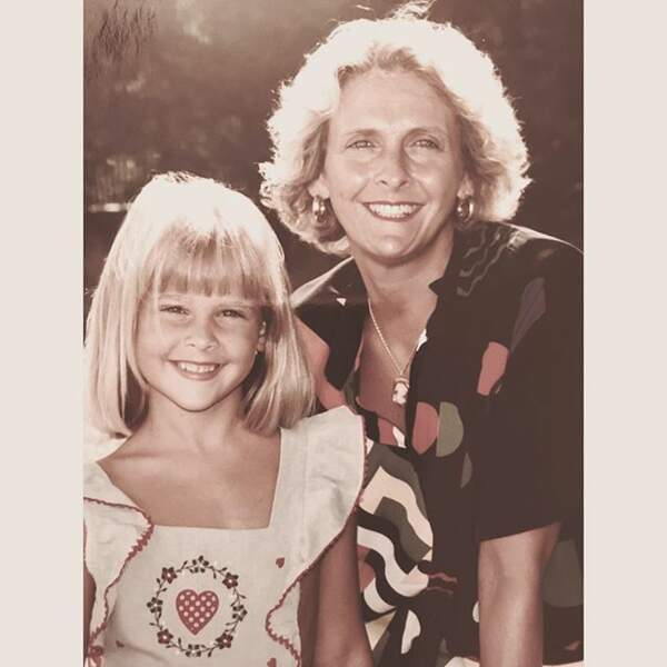 Si aujourd'hui elle est brune, petite, elle était blonde, comme sa maman.