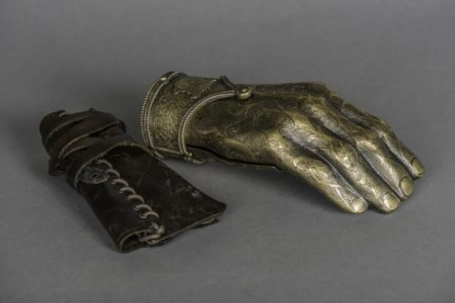 La main de fer de Jamie Lanister