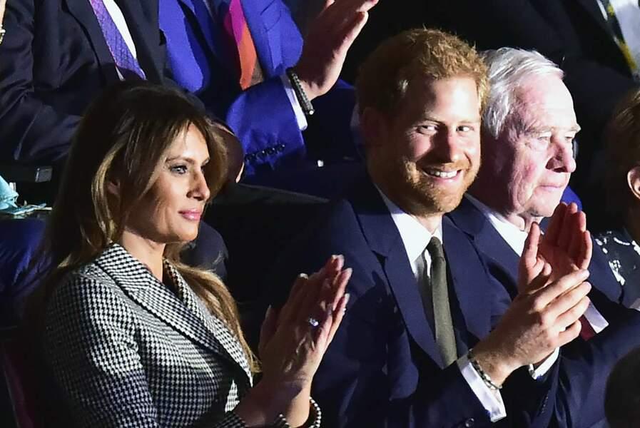 Mais Harry et sa chérie n'étaient pas assis l'un à côté de l'autre