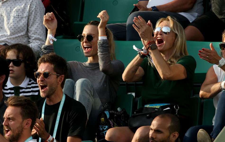 Estelle Lefébure et sa fille Ilona Smet sont des spectatrices enthousiastes à Roland Garros