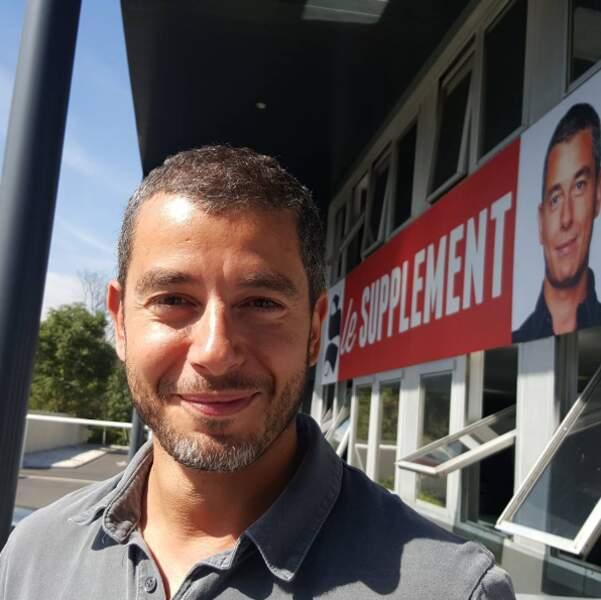 Avec sa société de production, Bangumi, Yann Barthès produisait aussi Le supplément avec Ali Baddou...