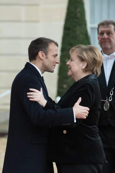 Emmanuel Macron visiblement très heureux de retrouver Angela Merkel
