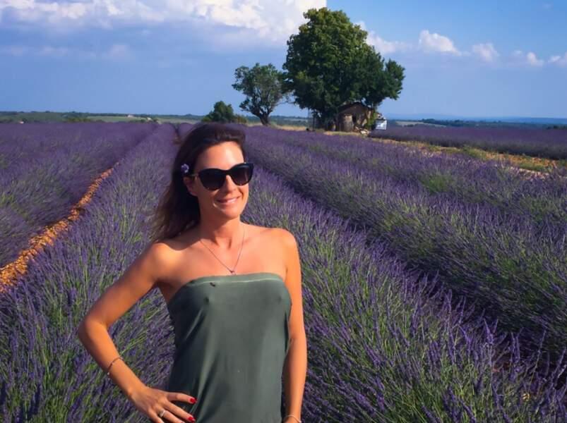 """""""Que ma Provence est belle toute vêtue de violet"""", tweetait-elle plus récemment avec fierté"""