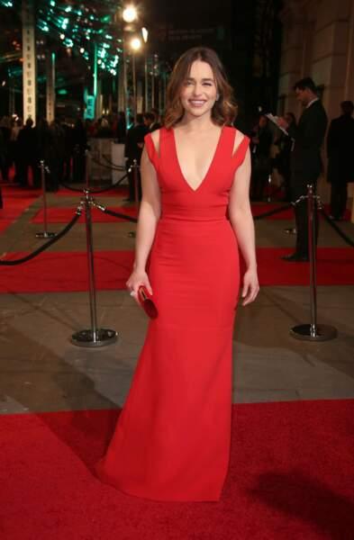 Elue femme la plus belle du monde par le magasine Esquire, Emilia Clarke a fait chavirer les têtes hier...