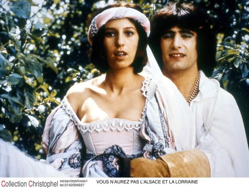 Vous n'aurez pas l'Alsace et la Lorraine de Coluche et Marc Monet, avec Gérard Lanvin (1977)