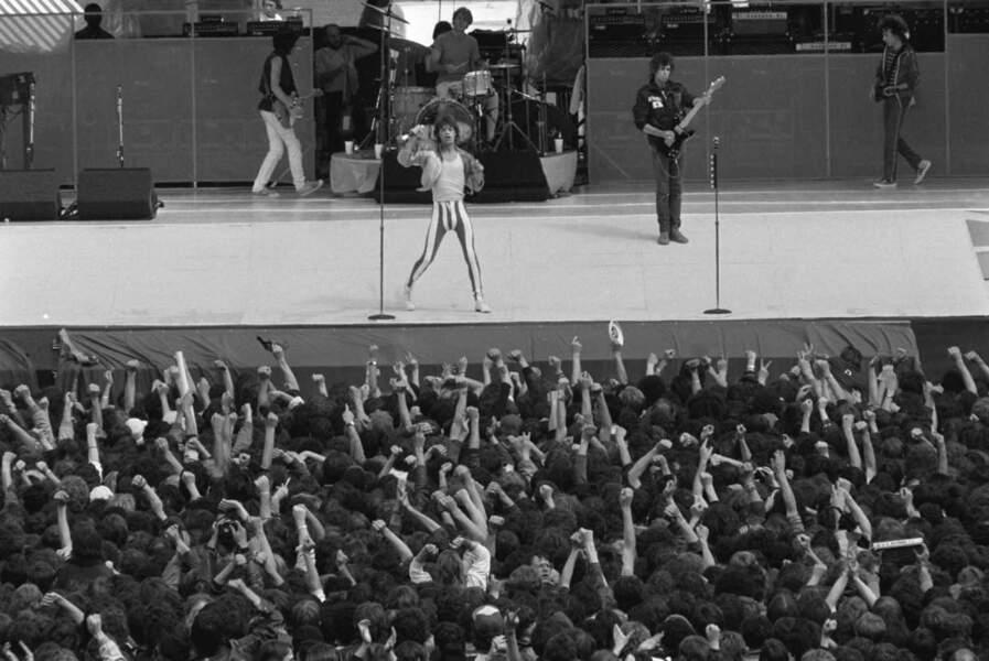 Les Rolling Stones sur scène à Auteuil dans Paris le 13 juin 1982