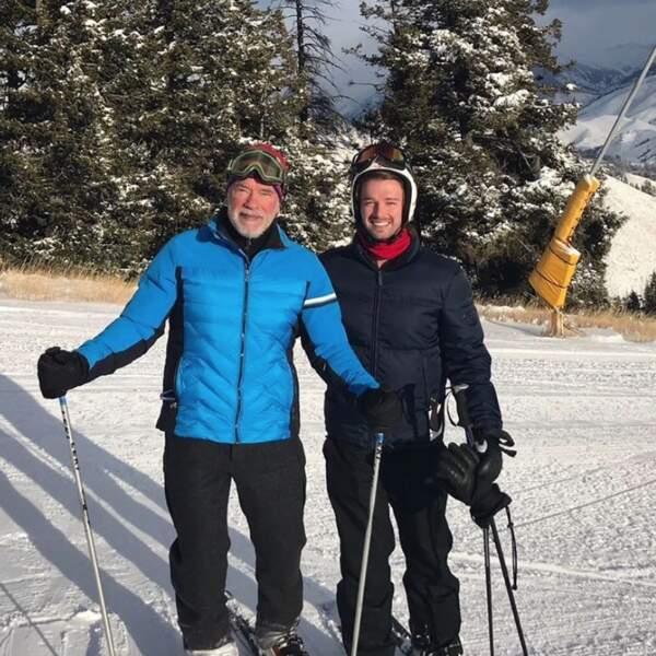 Première piste de ski de l'année pour Arnold Schwarzenegger et son fils Patrick.
