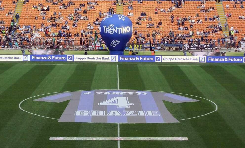 """""""Merci"""" : pas besoin de longs discours pour rendre hommage à Zanetti."""