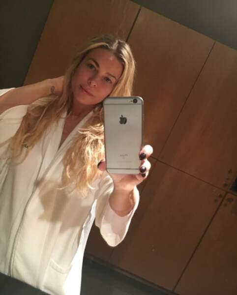 La soeur de Carmen Electra... Ah non c'est elle sans maquillage !