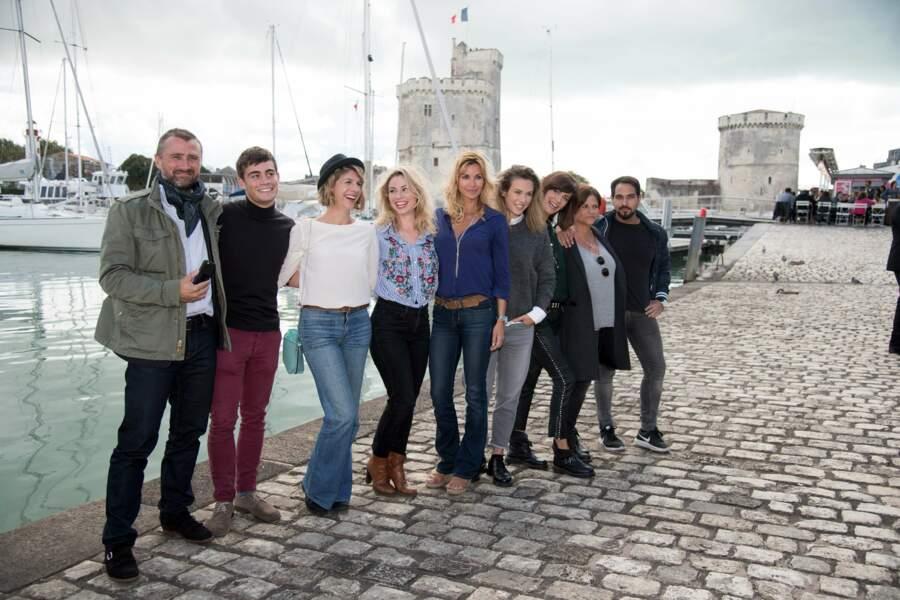 Les acteurs de Demain nous appartient ont offert une séance de dédicaces aux fans à La Rochelle